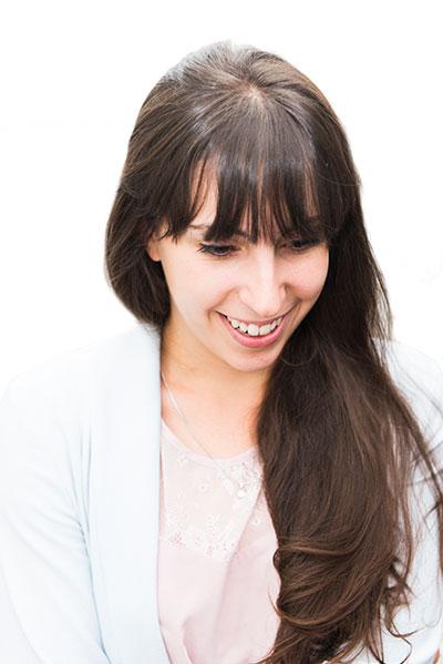 Claire - art director, graphic designer & illustrator